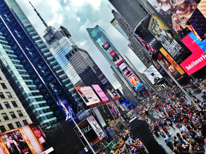 Photo by Jis Joseph:http://jiskjoseph.com/2013/07/20/dear-new-york-city-tourists/