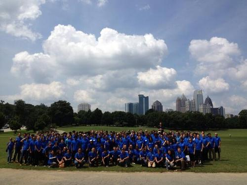 GBS Class of 2014 sits for a group picture at Piedmont Park after a day of service. Students volunteered at various Atlanta organizations.