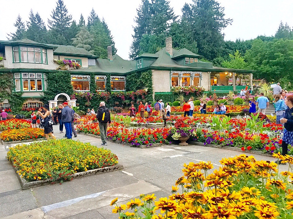 Butchart Gardens Victoria, things to see in Victoria British Columbia, what to do in British Columbia, sightseeing in Victoria British Columbia