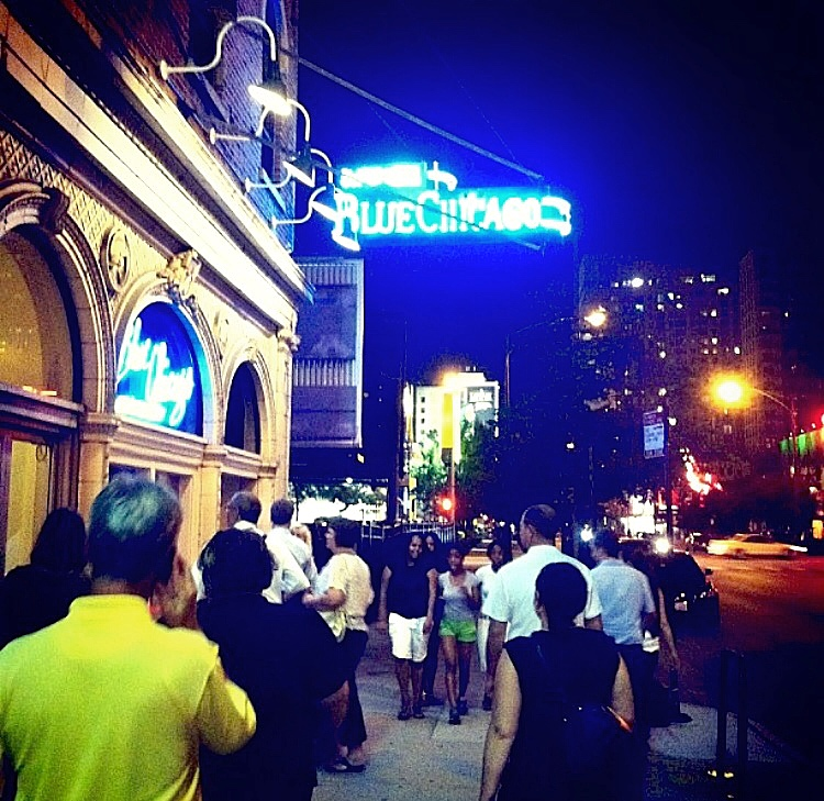 Enjoy live blues music at the Blue Chicago